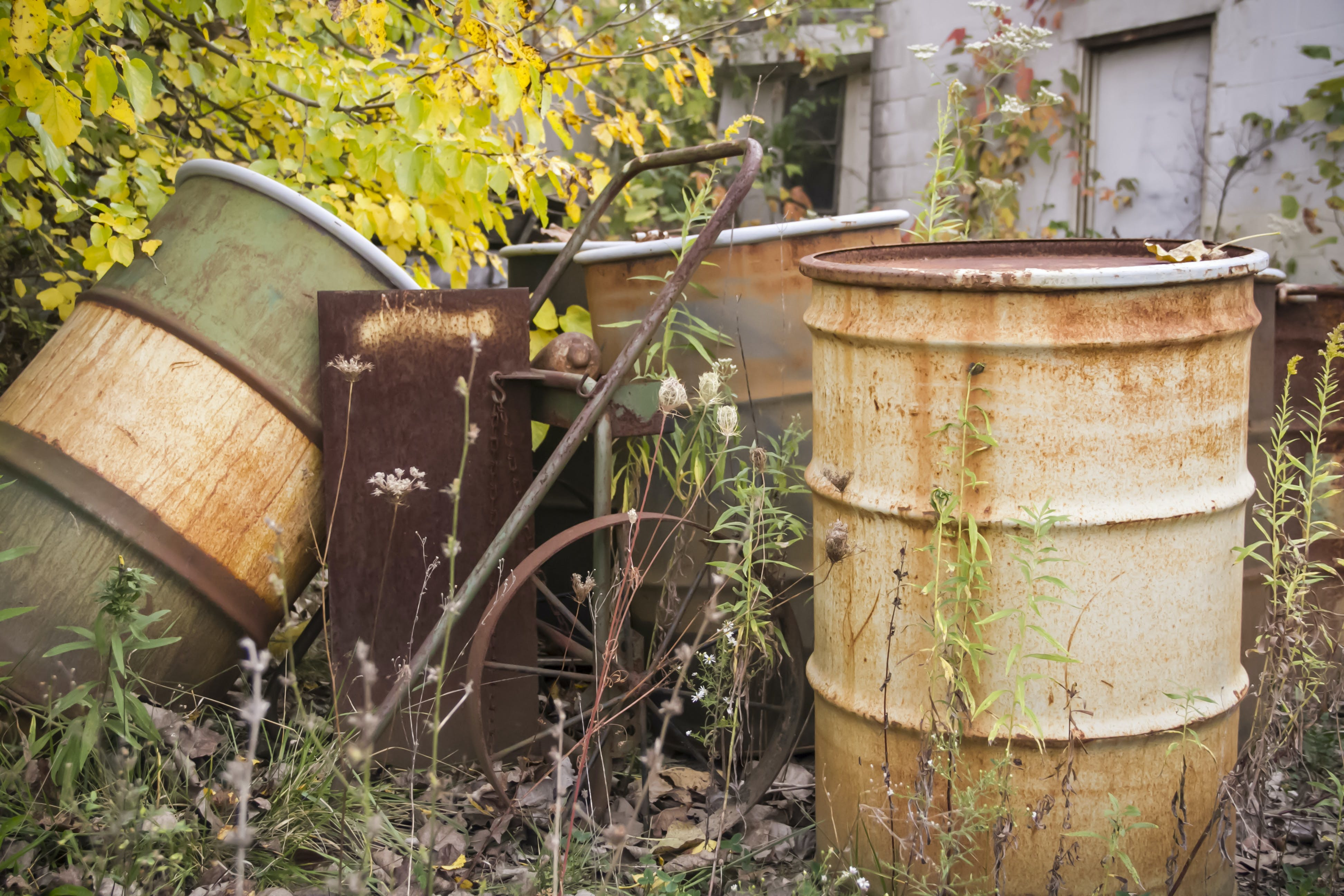 Free stock photo of abandoned, barrels, rubble