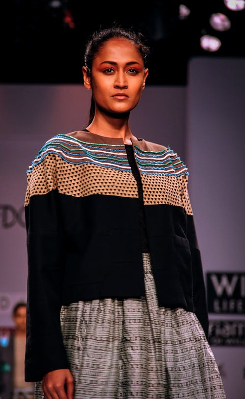 Fotobanka sbezplatnými fotkami na tému Canon, canonindia, dámska móda, delhi poloha (voliteľné)