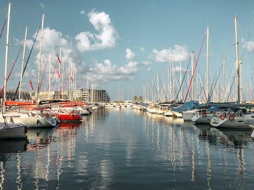 Immagine gratuita di acqua, barca, cielo, herzelia