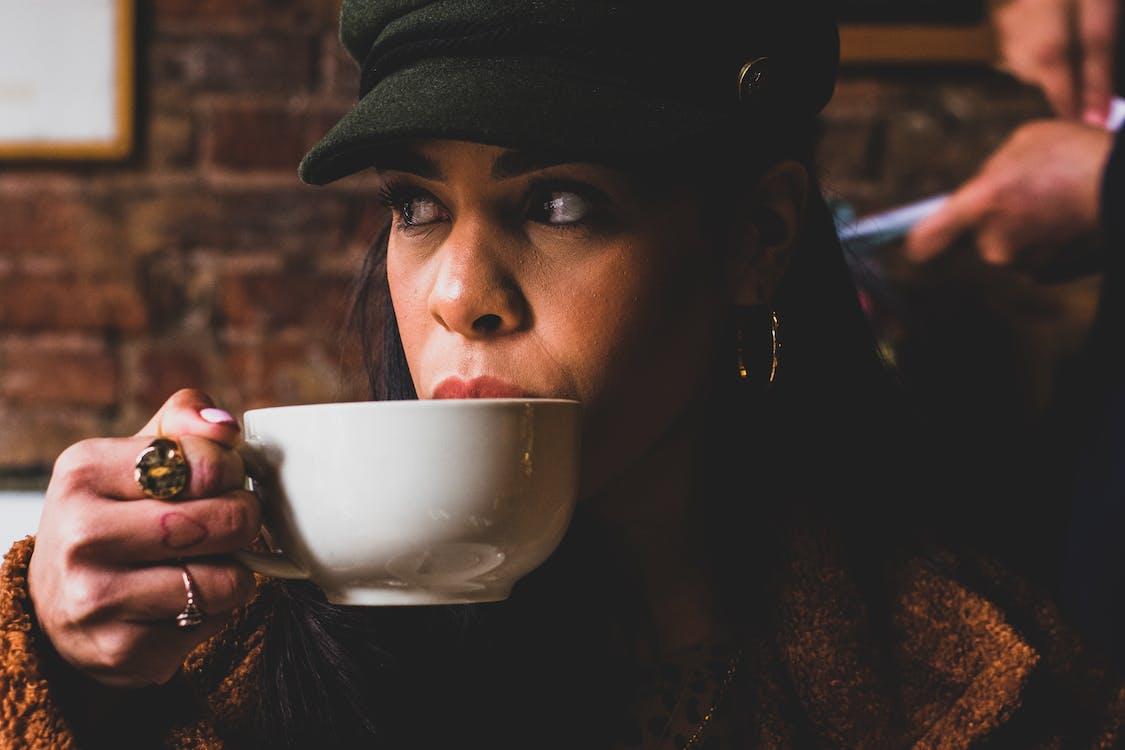 černoška, hrnek, káva
