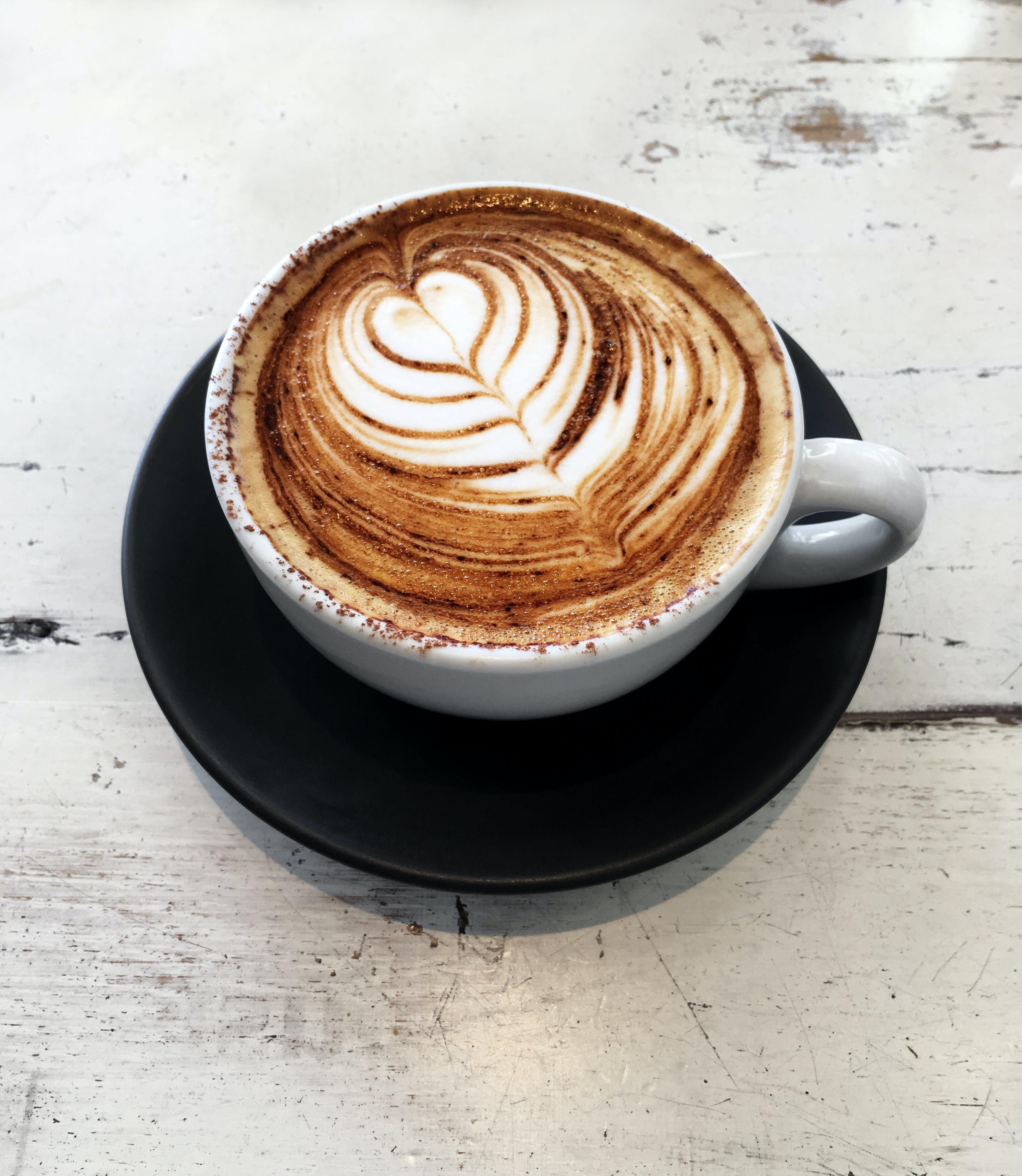 bechertisch, cappuccino, cremetasse