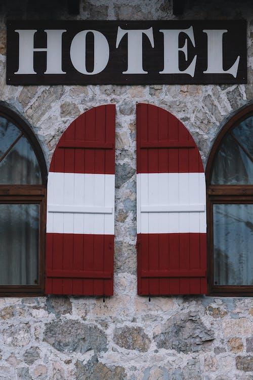 建造, 旅館, 視窗, 酒店 的 免费素材照片