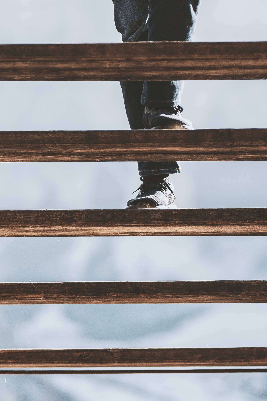 klatka schodowa, obuwie, schody