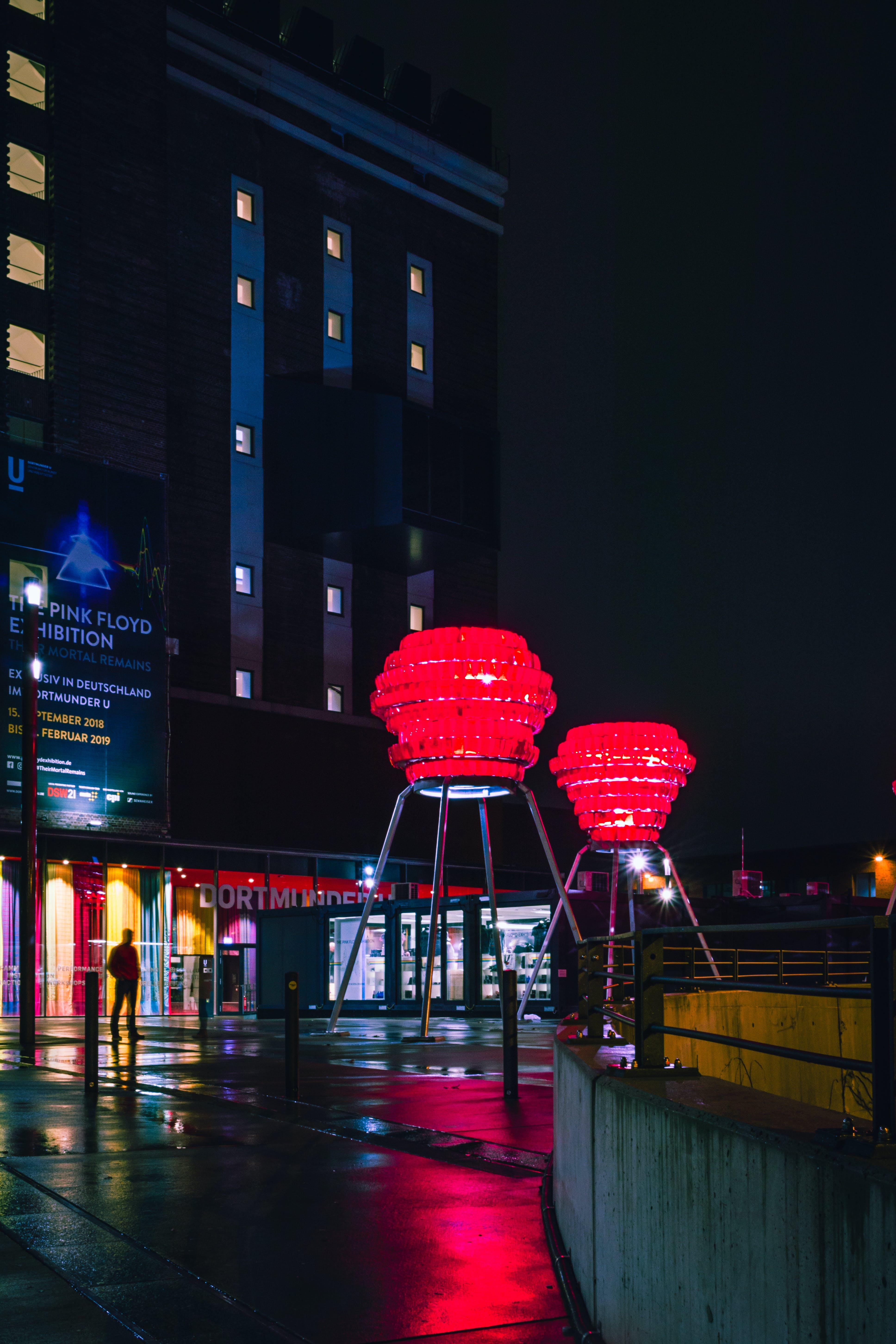 건축, 도시의, 밤, 번개의 무료 스톡 사진