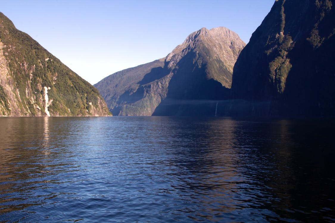 milford sound, new zealand, southern alps