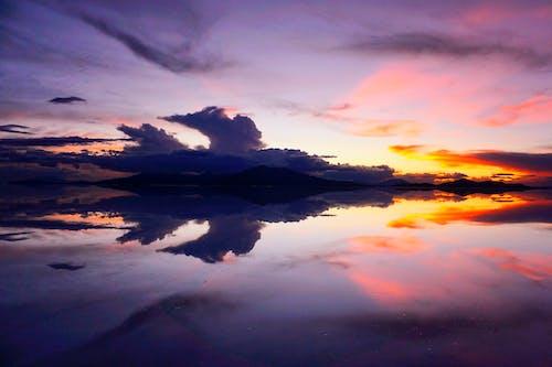 Foto d'estoc gratuïta de aigua, alba, bolívia, capvespre