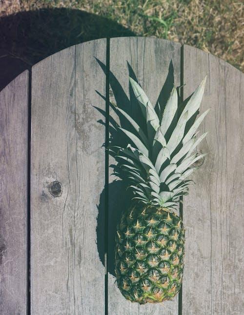 Ingyenes stockfotó ananász, árnyék, design, egészséges étel témában