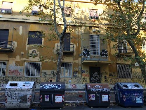 Free stock photo of bin, graffiti, street