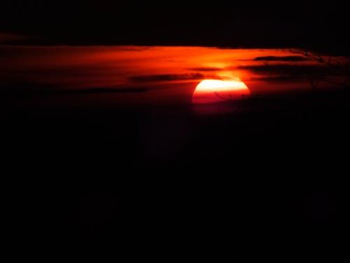 Gratis lagerfoto af mørke skyer, solnedgang