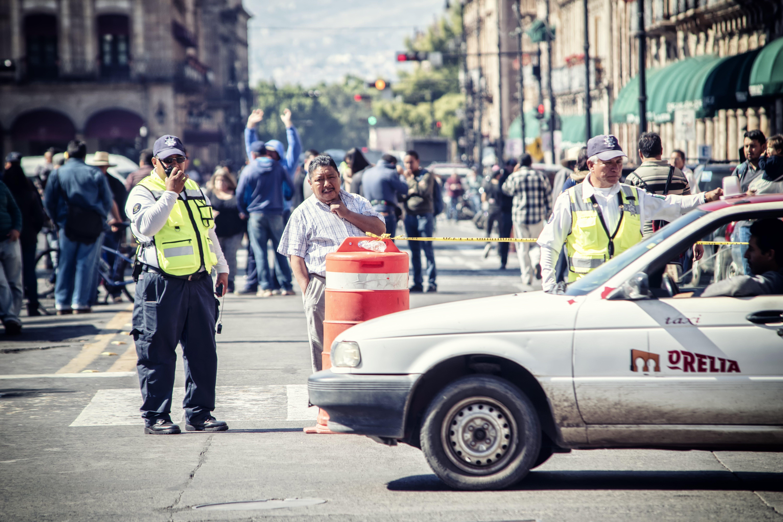 경찰, 교통, 도심, 법의 무료 스톡 사진