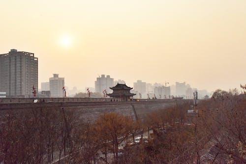 Photos gratuites de architecture chinoise, mur chinois, mur de la ville, ville en brume