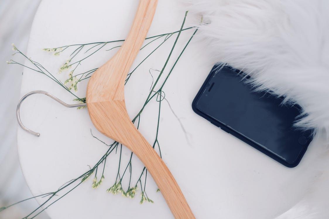 人造毛皮, 智慧手機, 衣架