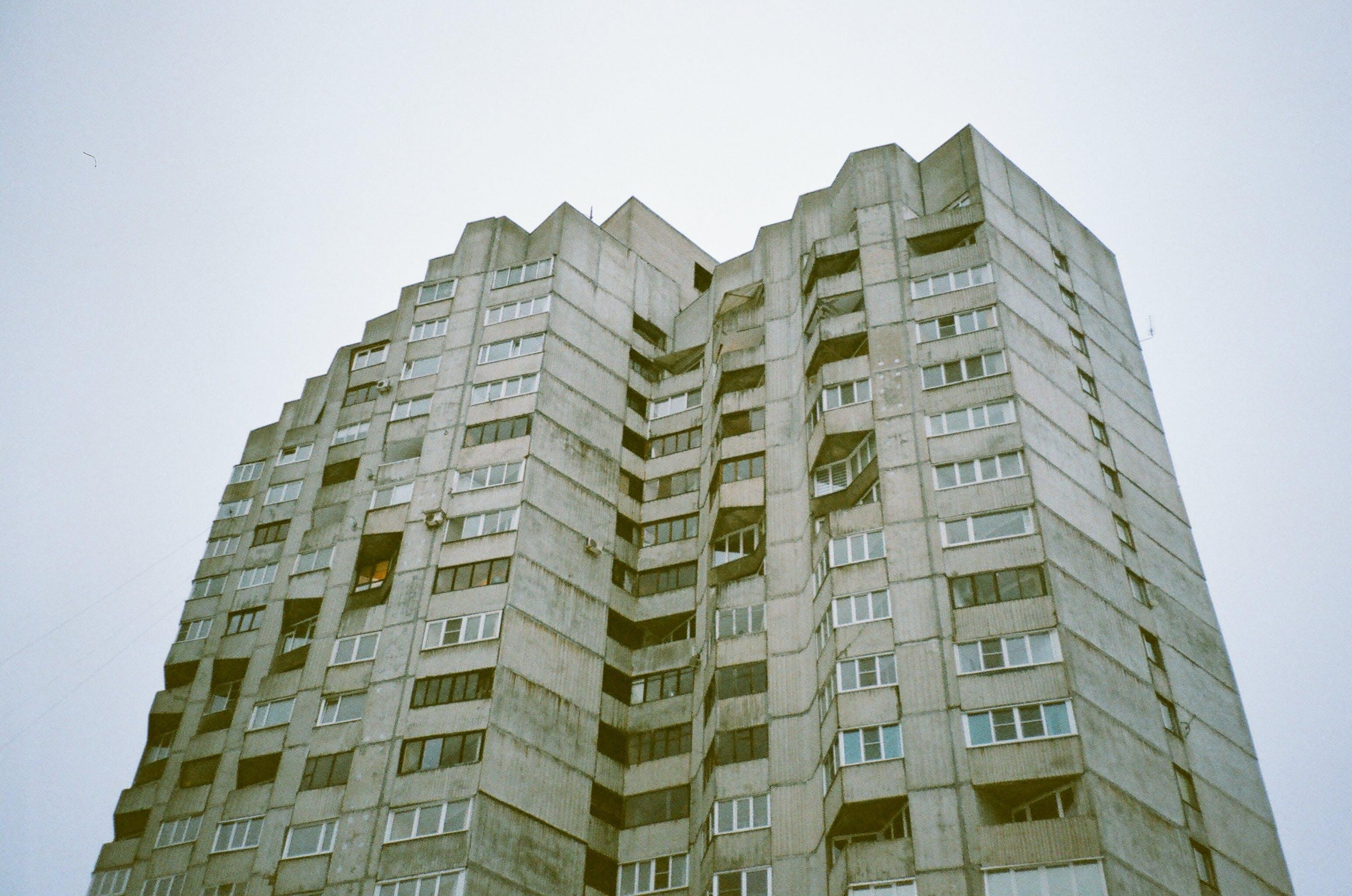 Ảnh lưu trữ miễn phí về các cửa sổ, chụp ảnh góc thấp, kiến trúc, quan điểm