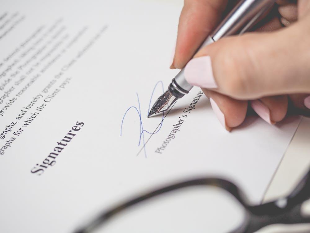 Famous Entrepreneur's Handwritten signature