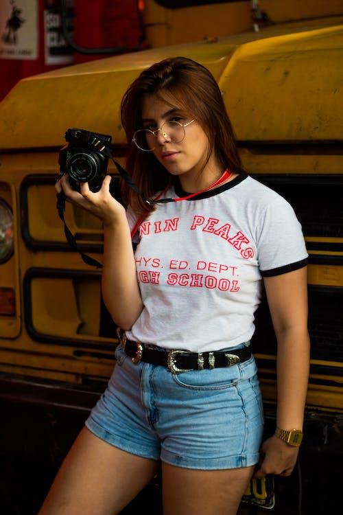 Základová fotografie zdarma na téma atraktivní, hezký, krásný, ležérní oděv
