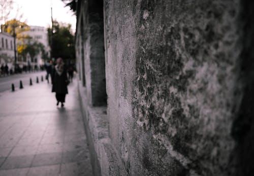 Darmowe zdjęcie z galerii z bruk, chodnik, chropowaty, głębia pola