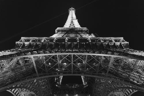 Бесплатное стоковое фото с монохромный, ночной город, париж