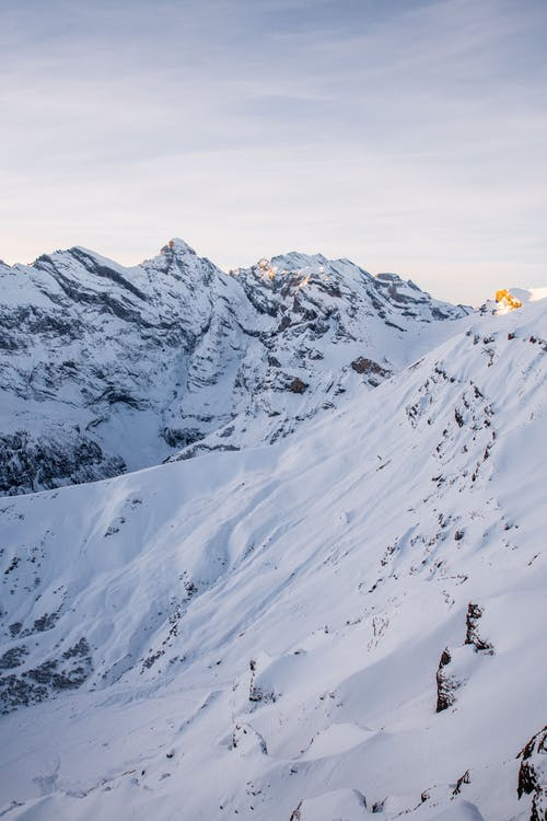 Kostnadsfri bild av bergen, bergskedja, bergstoppar, dagsljus