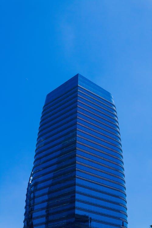 Бесплатное стоковое фото с высотное здание, голубой, город, здание