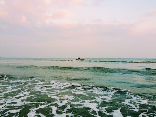 Безкоштовне стокове фото на тему «Захід сонця, небо, пляж»