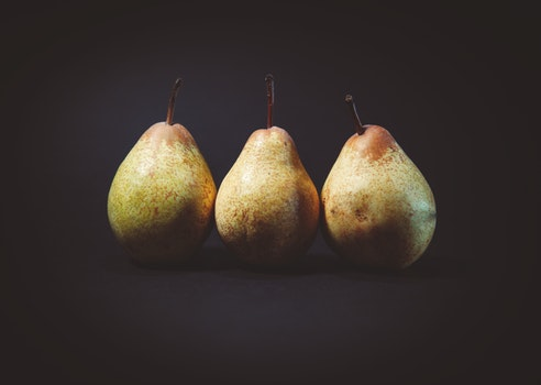 3 Pear Fruits
