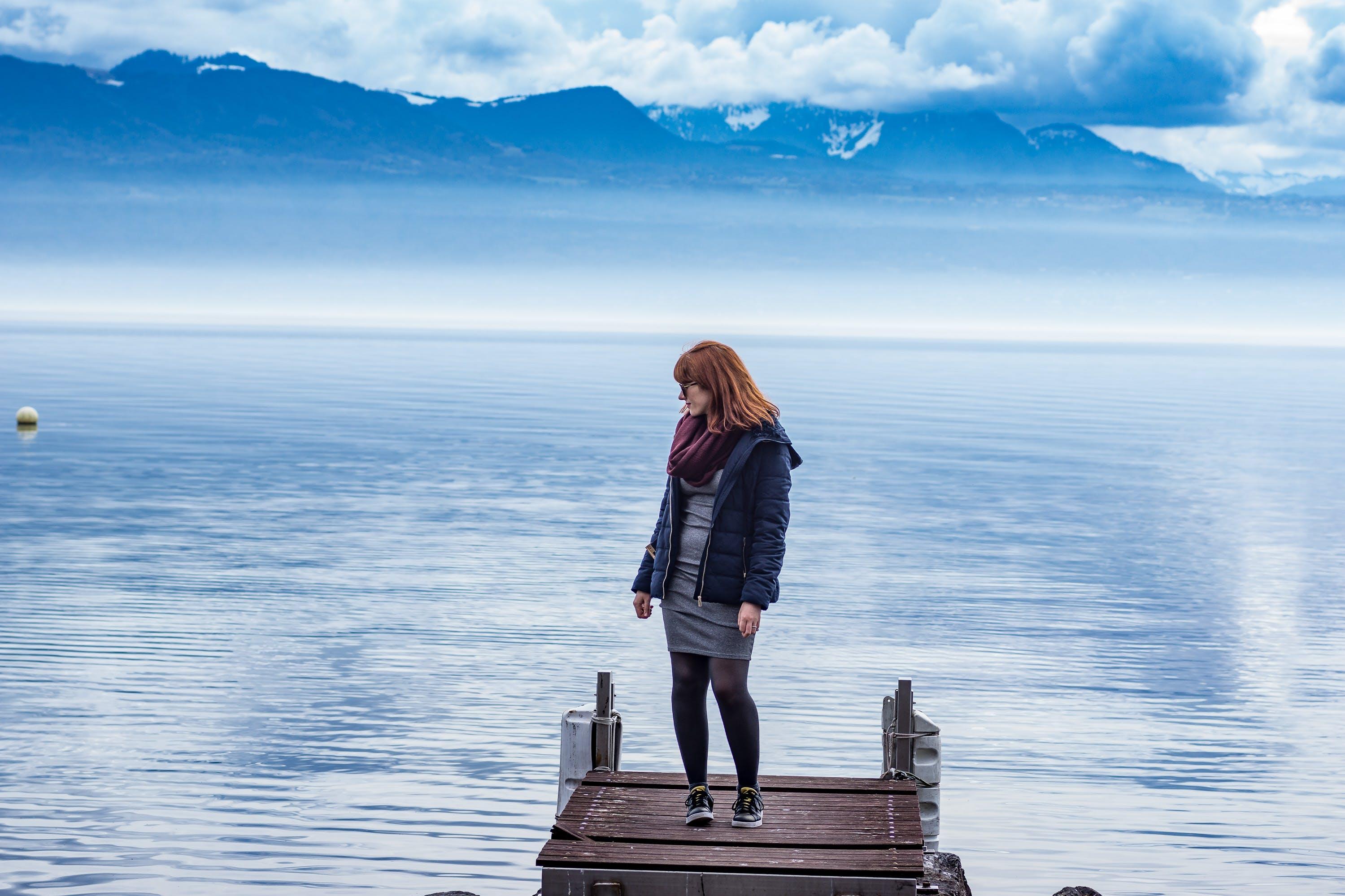 Δωρεάν στοκ φωτογραφιών με άνθρωπος, Γαλάζια Όρη, γραφικός, γυναίκα
