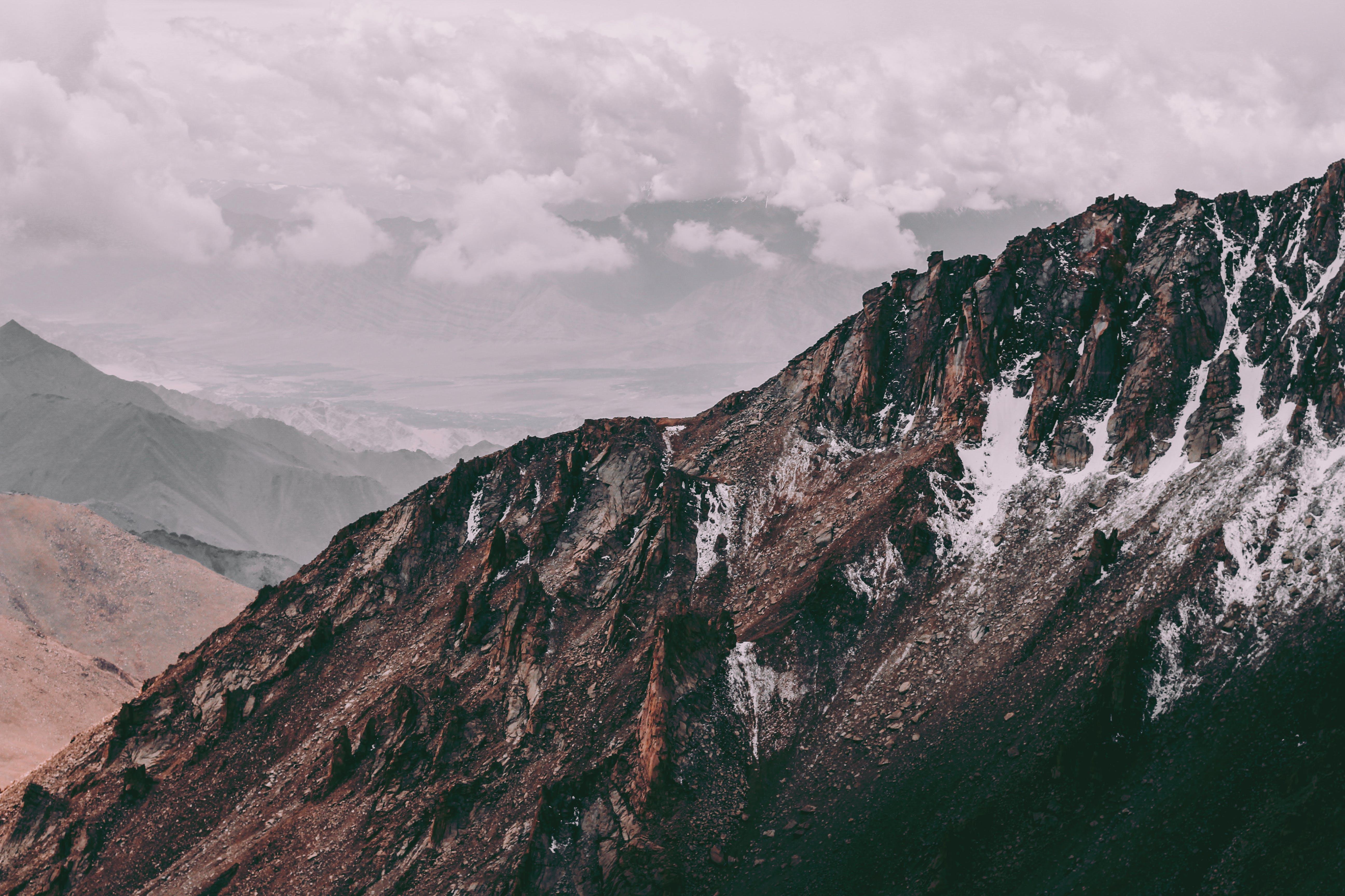 Δωρεάν στοκ φωτογραφιών με ladakh, βουνό, βουνοκορφή, βραχώδες βουνό