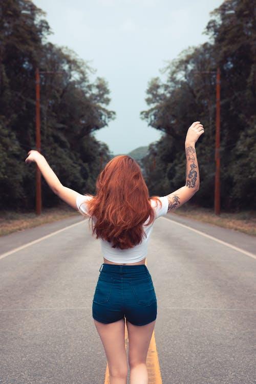chụp ảnh, đàn bà, đi dạo