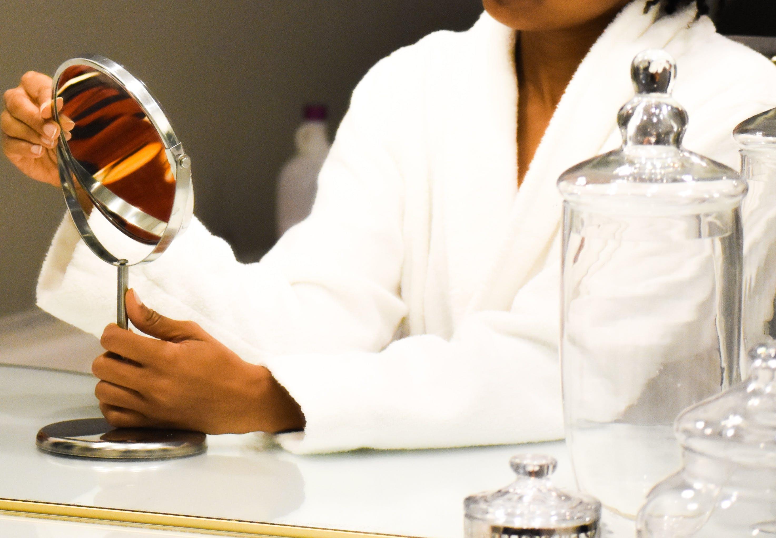 Gratis lagerfoto af afroamerikansk kvinde, afslapning, badekar, badeværelse