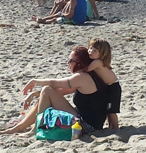 家人, 擁抱 的 免費圖庫相片