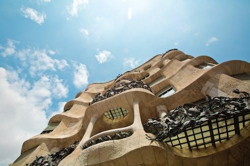 Fotobanka sbezplatnými fotkami na tému architektonický dizajn, architektúra, Barcelona, budova