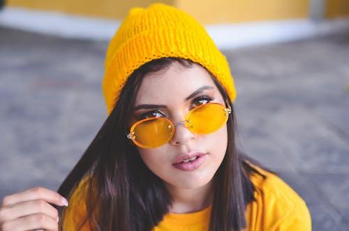 Ingyenes stockfotó álló kép, divat, imádnivaló, napszemüveg témában