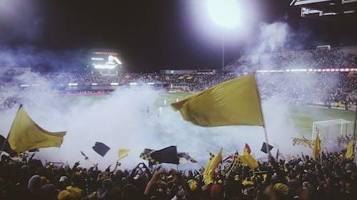 Immagine gratuita di bandiere, calcio, campo, corrispondenza