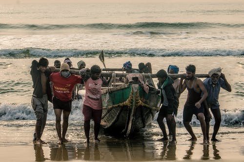 Ilmainen kuvapankkikuva tunnisteilla #ulkoiluhaaste, 4k taustakuva, hiekkaranta, kalastaja
