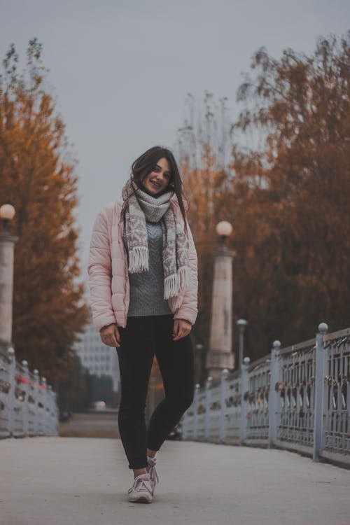 人類, 休閒, 冬季夾克, 冷 的 免费素材照片