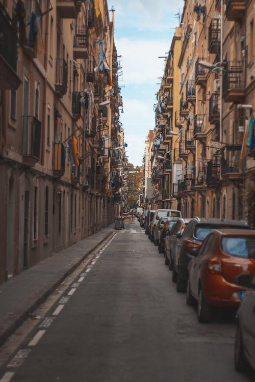 Fotos de stock gratuitas de arquitectura, calle, carretera, casas