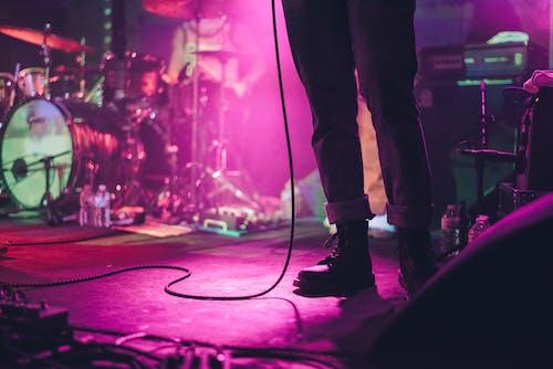 Ingyenes stockfotó csizma, láb, lábviselet, színpad témában