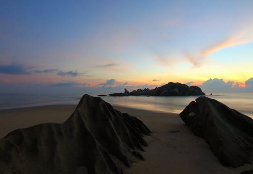 Foto stok gratis air, awan, bukit pasir, cairan
