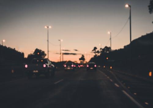 คลังภาพถ่ายฟรี ของ ทางหลวง, พระอาทิตย์ขึ้น, พร่ามัว, พื้นหลังสีส้ม