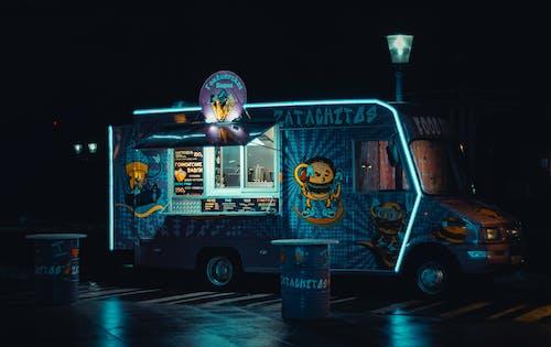 Photos gratuites de camion, food truck, illuminé, véhicule
