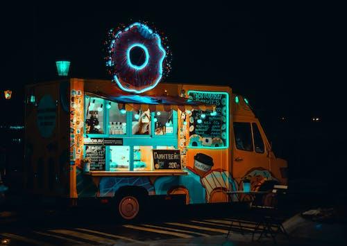 Kostnadsfri bild av lastbil, ljus, mat lastbil, neon
