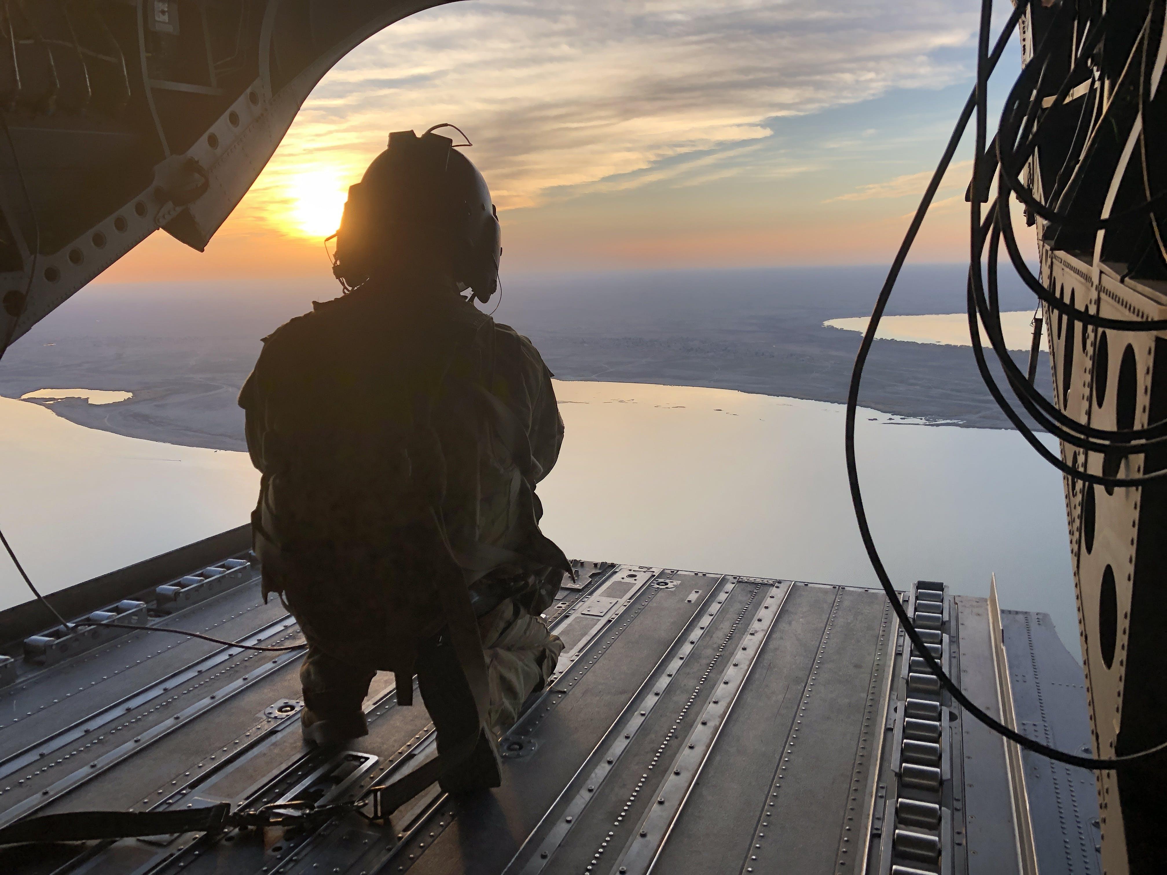 Free stock photo of Al Anbar, CH-47, desert, flying