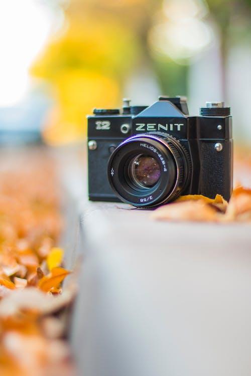 Foto profissional grátis de câmera, câmera analógica, dslr, fotografia