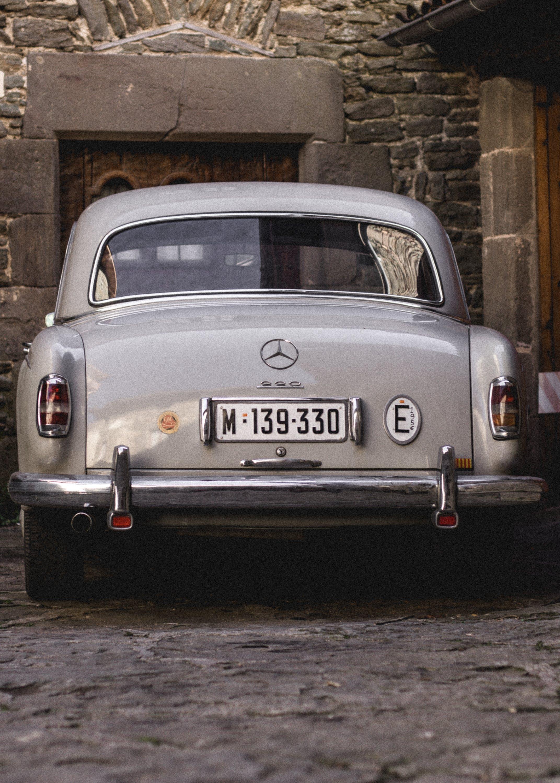 Kostenloses Stock Foto zu auto, automobil, fahrzeug, klassisch