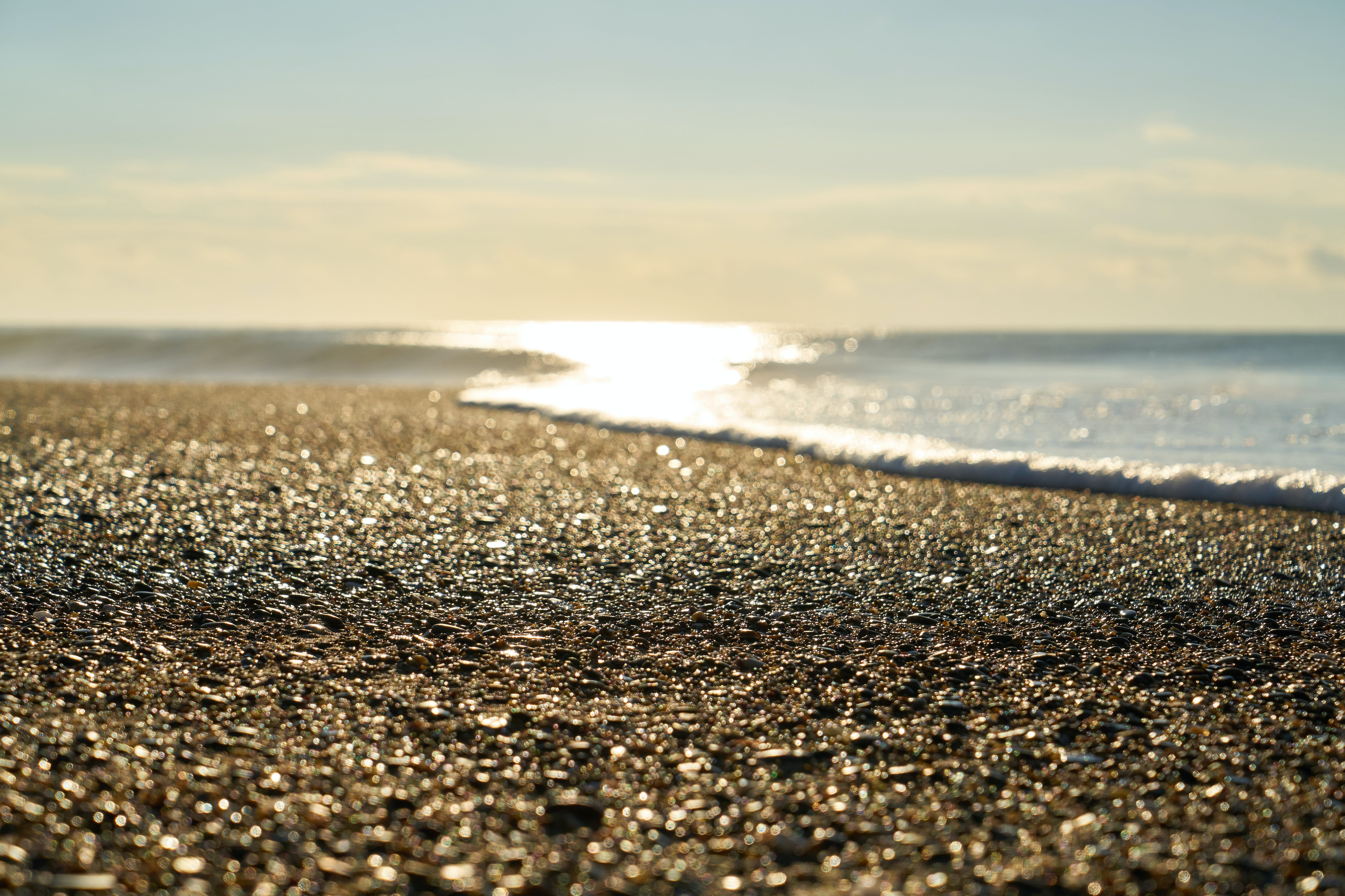 Foto d'estoc gratuïta de a la vora de l'oceà, aigua, còdols, estiu