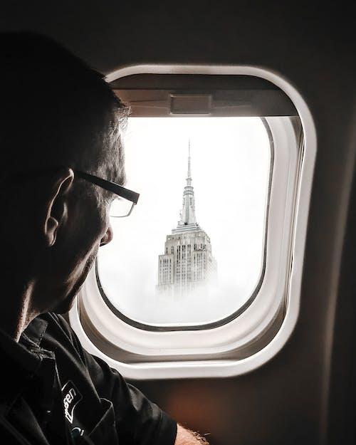 Δωρεάν στοκ φωτογραφιών με αεροπλάνο, αεροσκάφος, άνδρας, άνθρωπος