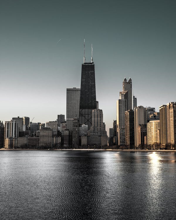 ánh sáng ban ngày, bờ sông, các tòa nhà