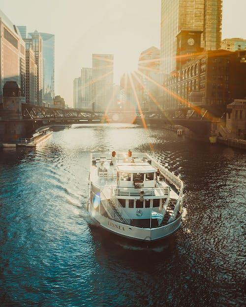 Ảnh lưu trữ miễn phí về ánh nắng mặt trời, ánh sáng ban ngày, bờ sông, các tòa nhà