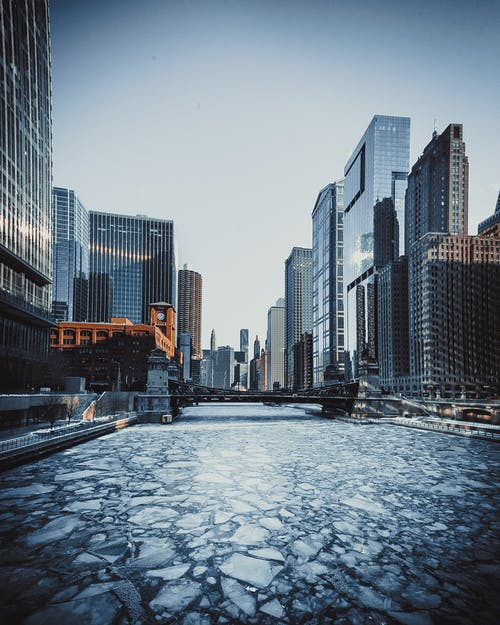Безкоштовне стокове фото на тему «архітектура, берег, будівлі, заморожений»