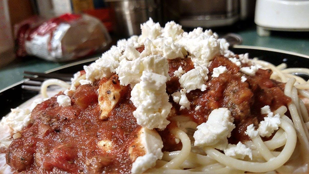 feta cheese, food, spaghetti